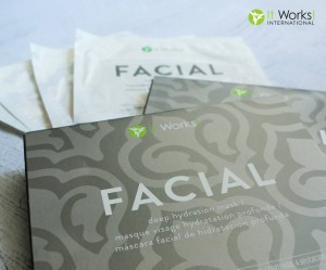 facial mask en folieverpakking 13305254_509015372621432_2469842860830663926_o
