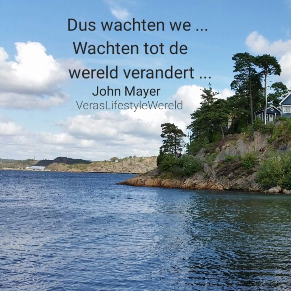 Dus wachten we ... Wachten tot de wereld verandert ... - John Mayer De omgeving rond het oudste badresort in Zweden, Gustavsberg, leent tot rust