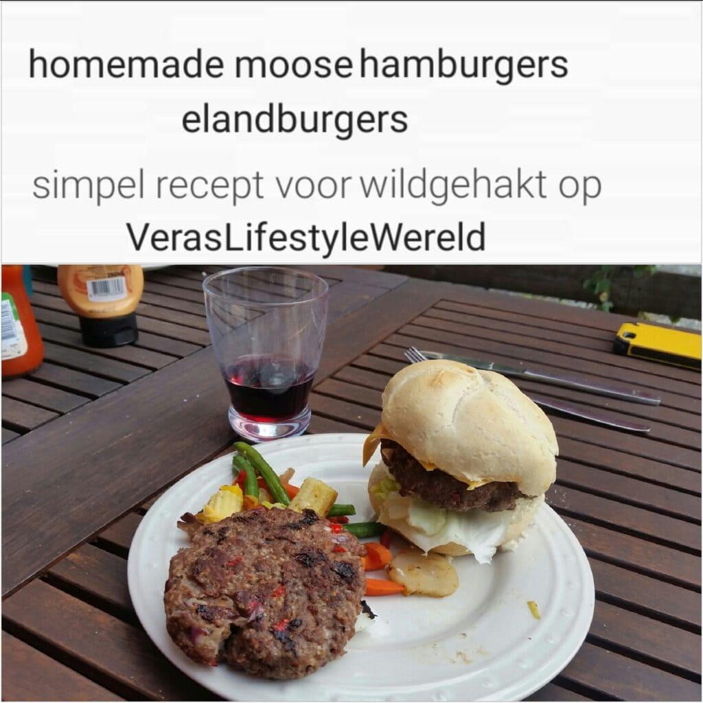 Homemade moose hamburgers, oftewel huisgemaakte elandburgers. Een simpel recept voor wildgehakt!